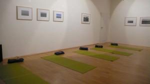 Yoga Utensilien/ Materialien